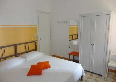 palinuro bed and breakfast Cristina camera con letto matrimoniale